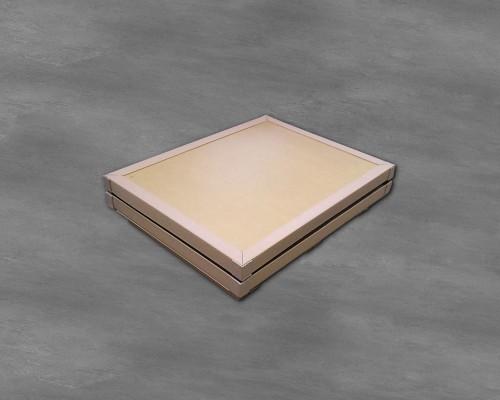 Caisse pliable (1) en carton alvéolaire